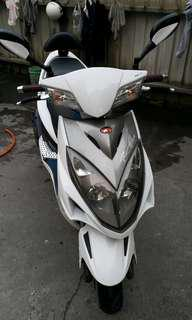 自售白色雷霆(Racing)150