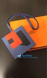 全新Hermes Letter bag charm  Letter R and E 手工十分精細的無逢拼皮和顏色 Hermes fans 值得擁有💖👍 退稅值出售$5xxx🎉 Full set with copy receipt  Please inbox💌for more details❤️ Thanks😘