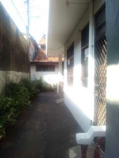 Rumah daerah haji nawi jakarta selatan