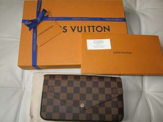 *MarkDown AUTH Louis Vuitton Felicie Clutch Only