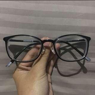 Kacamata Hummer