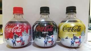 2011年日本可口可樂聖誕版膠樽。一套三支 350ml