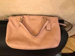 Coach bag (80% new)