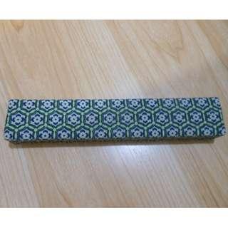 🥢 100% new 瓷筷子 兩對不同顏色 藍色 綠色 花花圖案 21cm