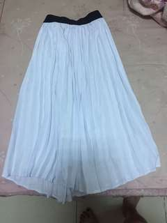 🚚 Pazzo 白色百褶長裙