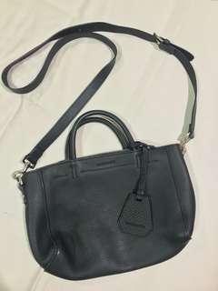 Rabeanco Black sling bag