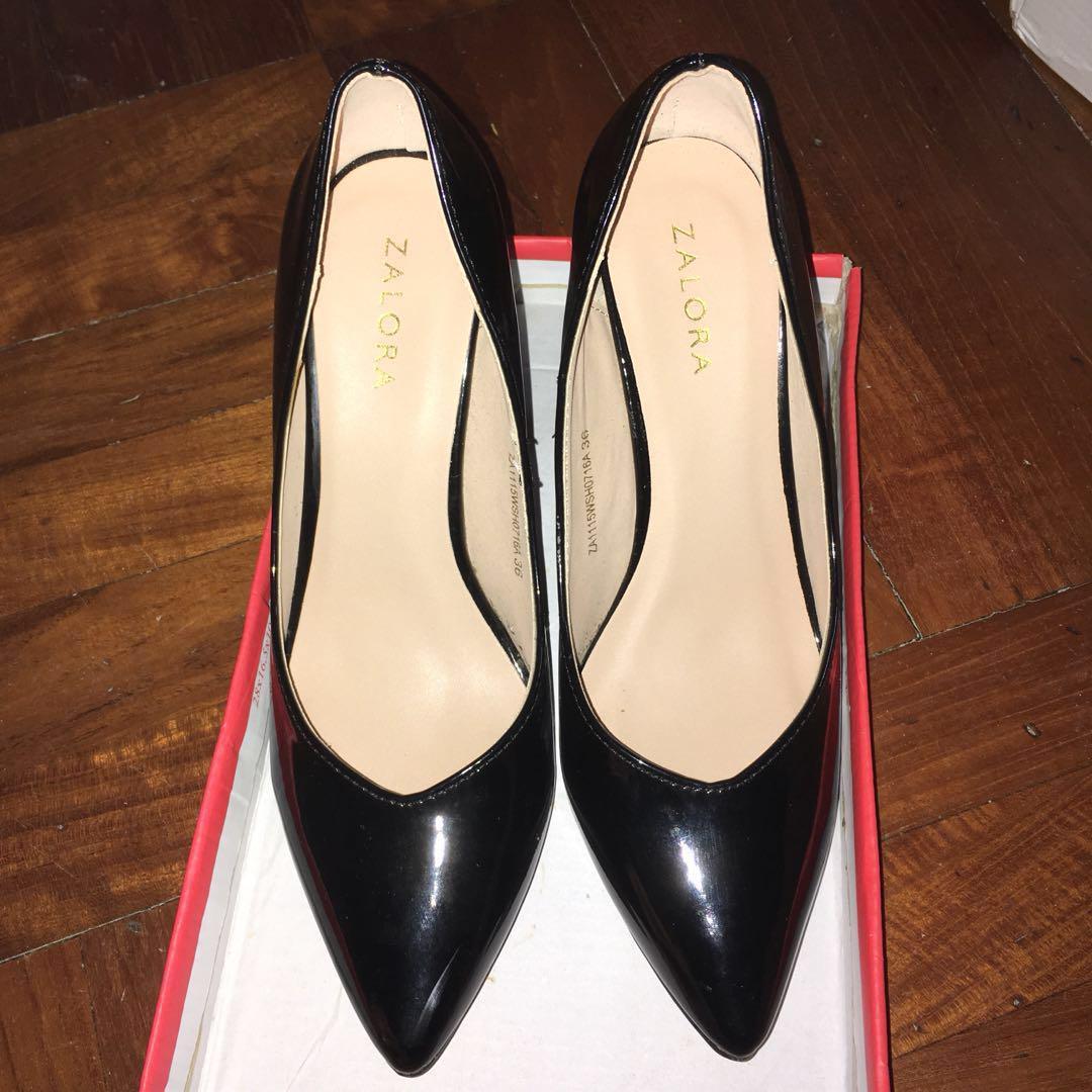 黑色高跟鞋 black heels