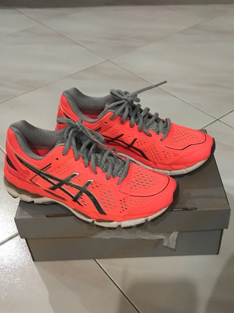 f907134fa Asics Shoes - women, Sports, Sports Apparel on Carousell