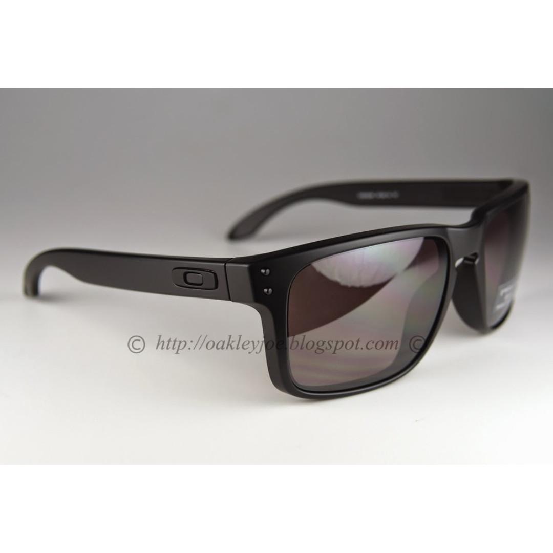 94e79e14d6 BNIB Oakley Holbrook Convert matte black + prizm daily polarized oo9102-09  sunglass shades