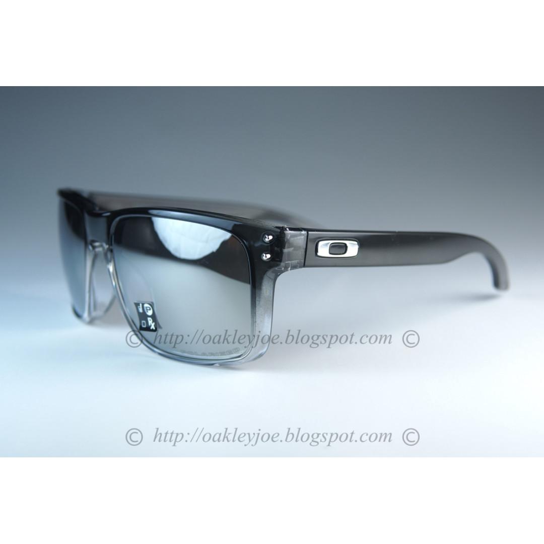 1ba0f2add20f6 BNIB Oakley Holbrook dark fade ink + chrome polarized oo9102-A9 sunglass  shades
