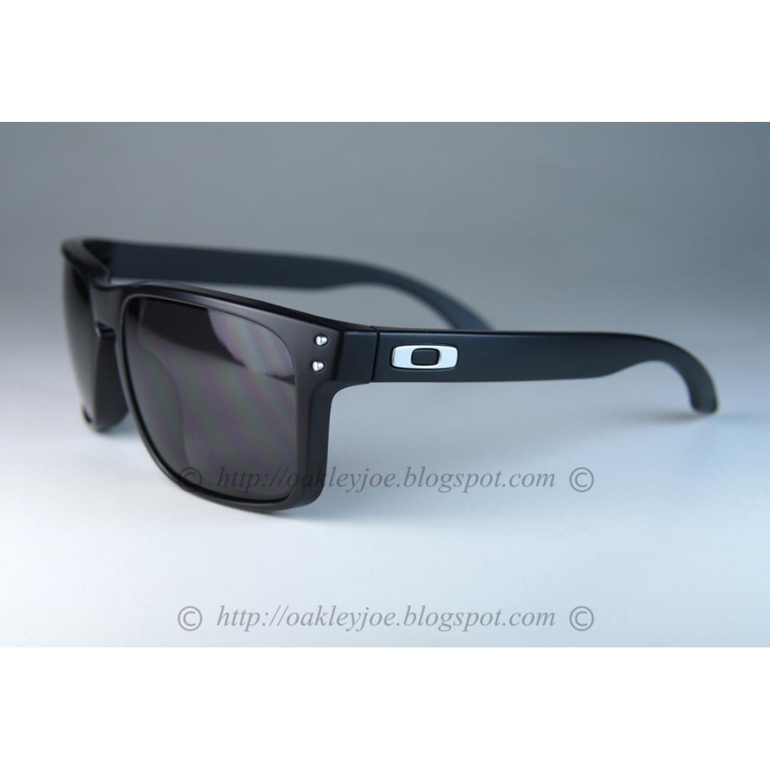 BNIB Oakley Holbrook matte black + warm grey OO9102-01 sunglass shades,  Men s Fashion, Accessories, Eyewear   Sunglasses on Carousell 033ebfb023