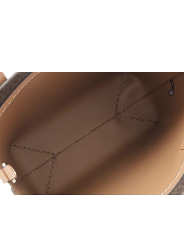21b88bd8c7bf Brand New Michael Kors Hayley Bag