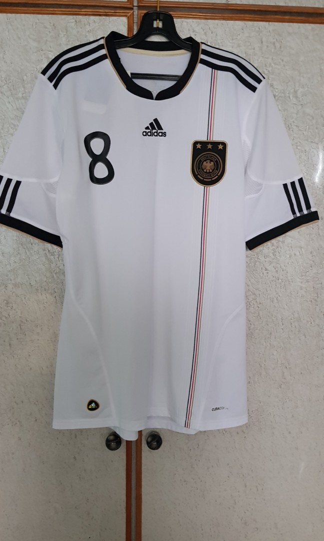 21d383e0f Germany 2010-11 Home Jersey with Özil Printing