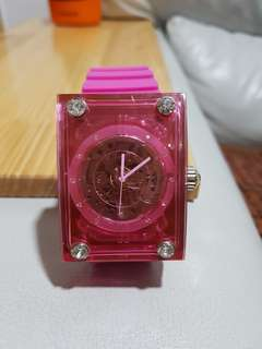 Lucca girl watch