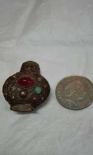 青銅鼻煙壺