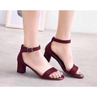 Free postage ready stock strap heels