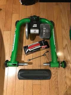 Kurt Kinetic Indoor Bicycle trainer