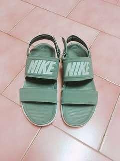 nike涼鞋 全新39(24.5)