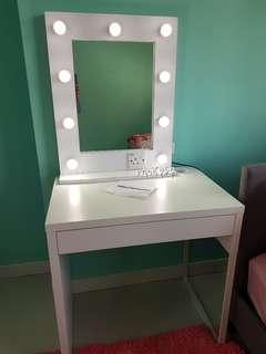 DIAMOND VANITY MIRROR