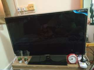 SAMSUNG smart TV 42""