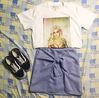 BUY THE OUTFIT! Kylie jenner shirt, rhipes backyard skirt, vans old skool