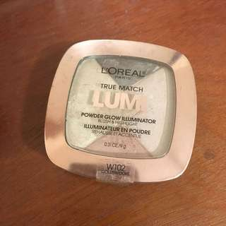 Lumi luminating highlighter