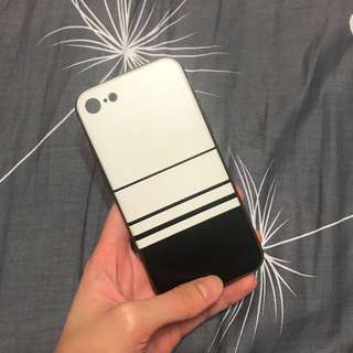 Iphone 7 black and white case