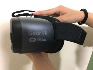 Samsung VR with remote control latest model 2018
