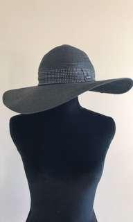 Hurley black wide brimmed hat
