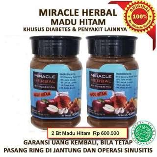 Miracle Herbal Madu Hitam 2 Bt isi 400 ml