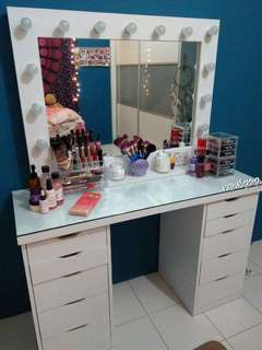 COUTURE VANITY SET