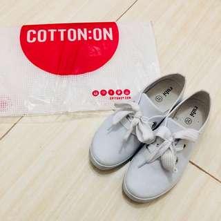Sepatu rubi by cotton on