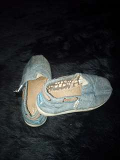 Authentic Toms for kids