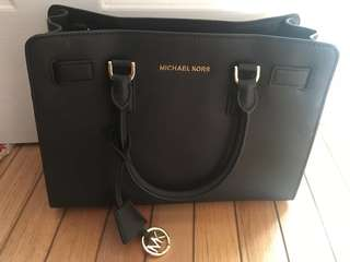❗️DOUBLE REDUCED❗️AUTHENTIC Michael Kors Bag