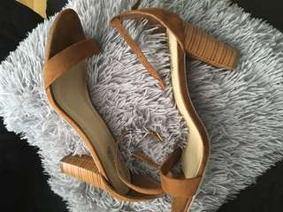 Just fab brown heels size 9