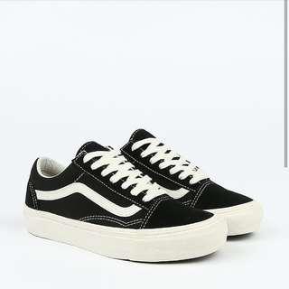 Vans Vault OG LX oldskool black n white