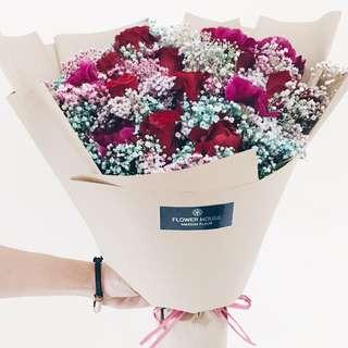 9s rose baby's breath bouquet