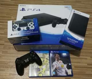 PS4 500GB Fifa 18 World Cup⚽