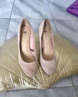 H&M size 38