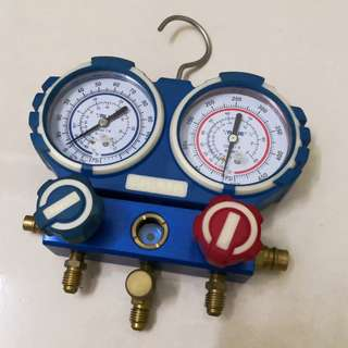 Value Car AC pressure gauge