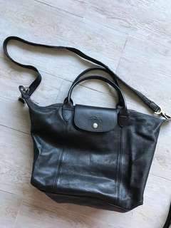 Longchamp 黑色真皮手袋超輕超軟