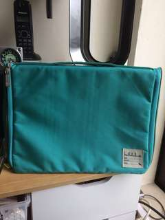 "Hellolulu 15"" Laptop case"