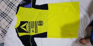 baju sports reebok original