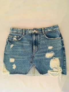 Zara denim skirt (Small)