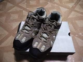 Pang Bundok na sapatos.