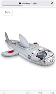 BIGMOUTH INC INFLATABLE SHARK BEVERAGE BAR