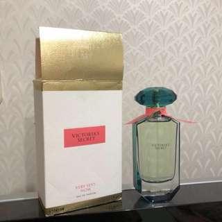 #maudecay eau de perfume