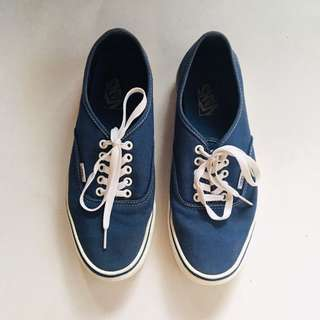 100% Authentic Vans (Lightweight)