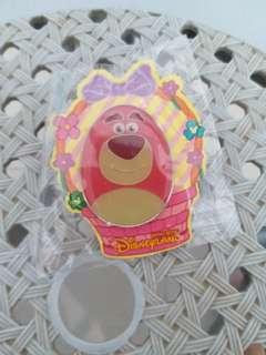 迪士尼花蛋徽章勞蘇王