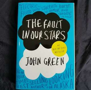 Preloved novel The Fault in our stars - english version